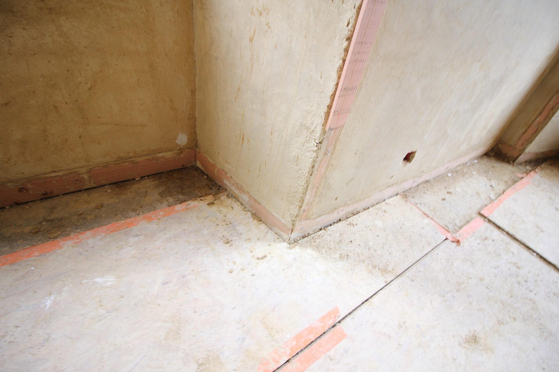 CSDK Lissage de murs en terre Bretagne 3 1920x1280 - Engagement durable - CSDK Lissage de murs en terre Bretagne 3 1920x1280