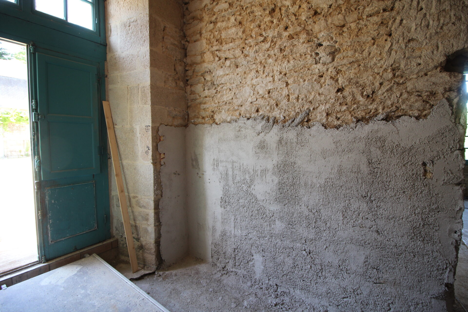 CSDK Lissage de murs en terre Bretagne 4 1920x1280 - Engagement durable - CSDK Lissage de murs en terre Bretagne 4 1920x1280