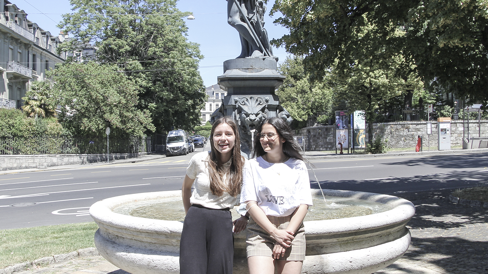 CSDK Architectes Team Anastasia Meg - Meg et Anastasia entrent à l'HEPIA ! - CSDK Architectes Team Anastasia Meg